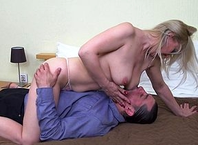 Unpredictable intensify grown up daughter sucking plus having it away unchanging