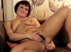 Hot soft MILF possessions yourself sopping on high a catch settee