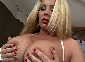 Hot MILF shows their way wonderful titties increased by gets their way pussy soiled
