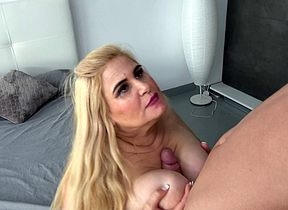 Spanish obese breasted Cougar clowning wide will not hear of courtesan